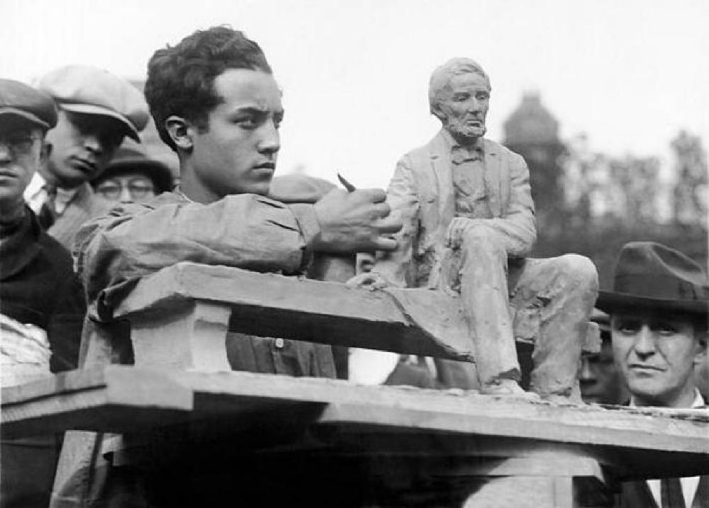 Copy of Seated Abraham Lincoln by Gutzon Borglum, 1911