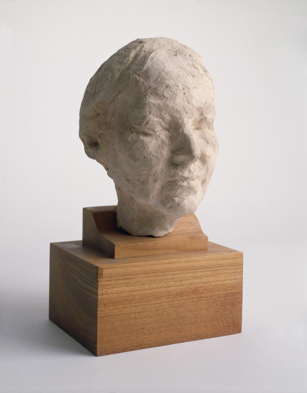 Leonie Gilmour, image 1