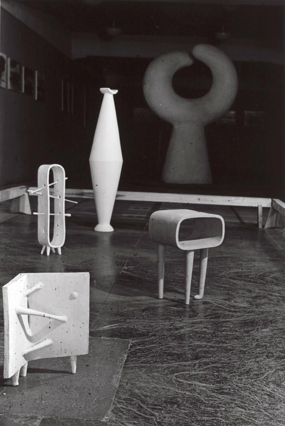 """Exhibition photograph: """"Isamu Noguchi,"""" Mitsukoshi Department Store (August 18-27, 1950) - Photograph: Isamu Noguchi"""