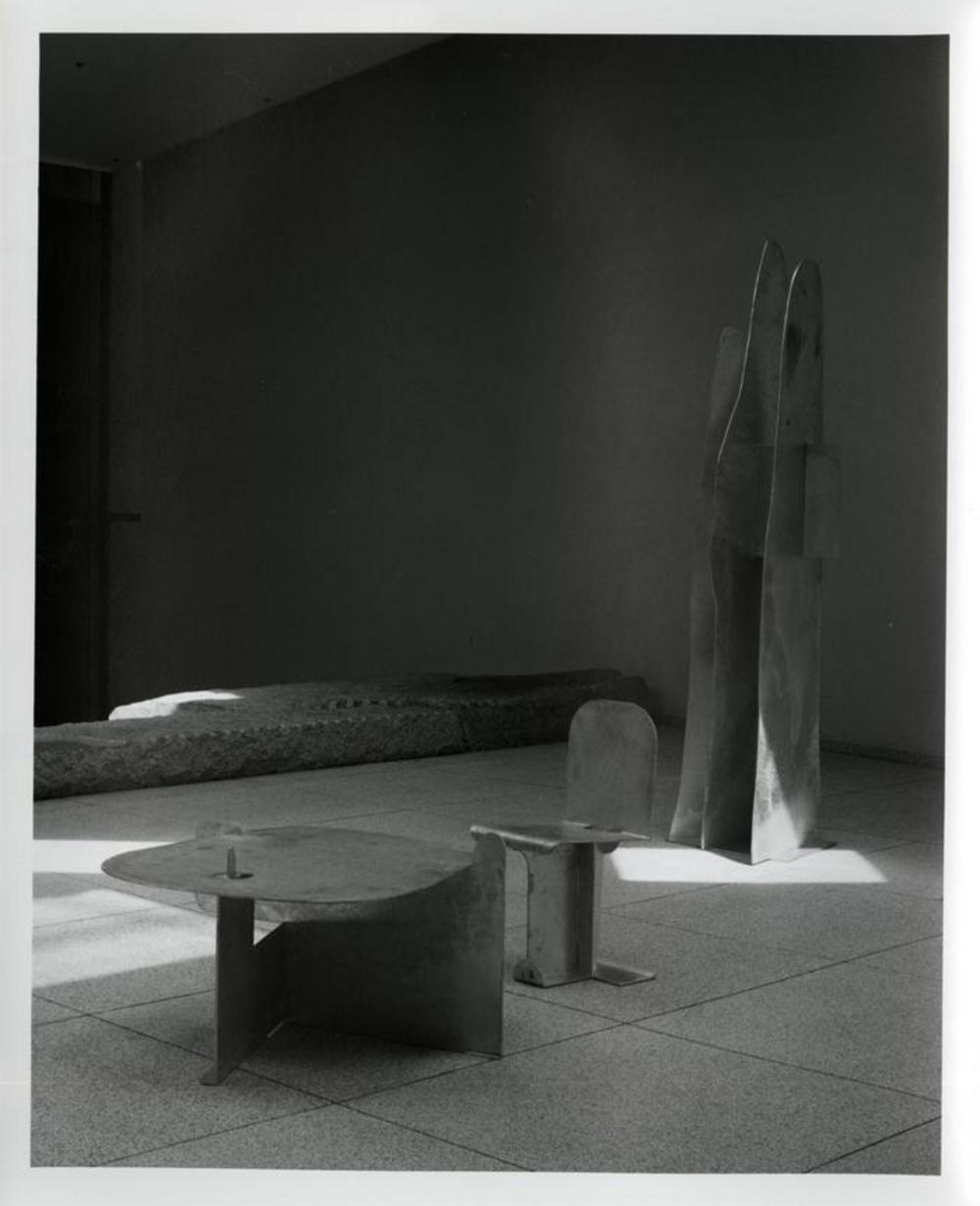 Pierced Seat, image 8