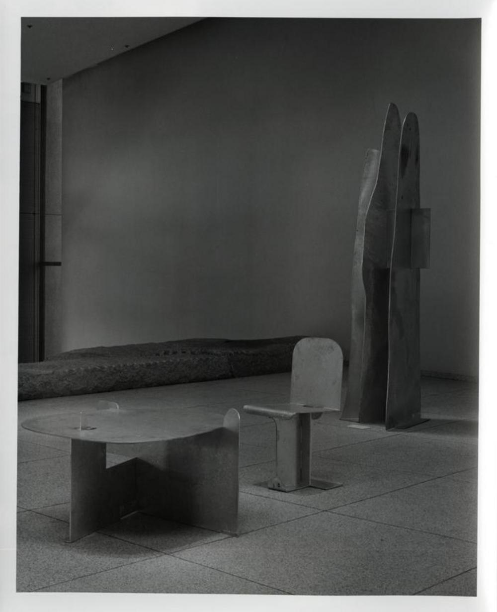 Pierced Seat, image 5