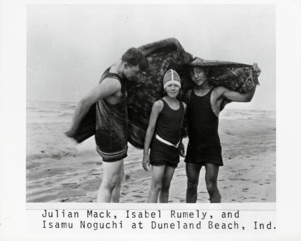 Isamu Noguchi as a teenager in Indiana, with Julian Mack and Isabel Rumely at Duneland Beach