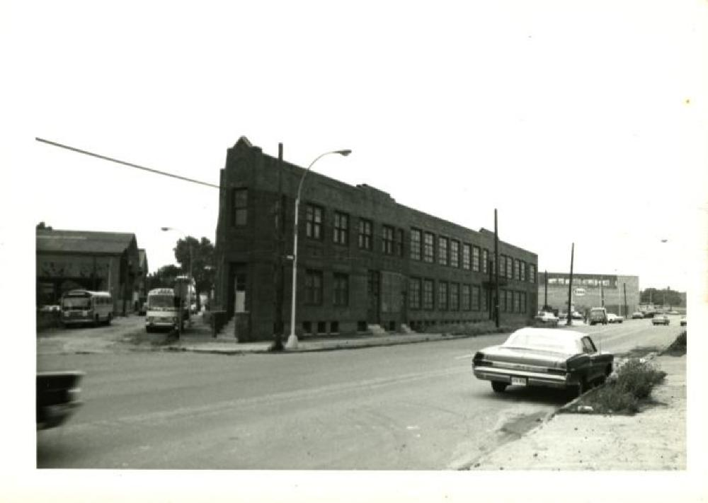 32-37 Vernon Blvd. warehouse, exterior view of the north end