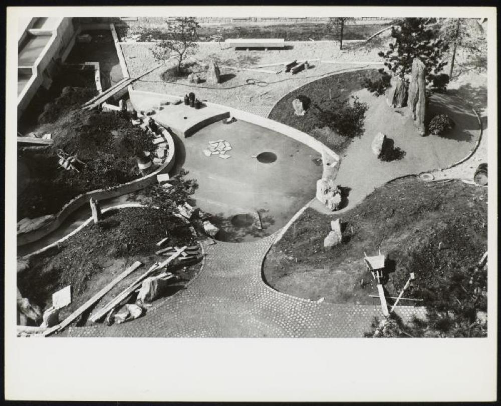 Construction of UNESCO gardens