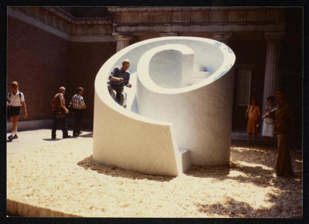 Venice Biennale exhibit; Isamu Noguchi tests his Slide Mantra at the 1986 Venice Biennale